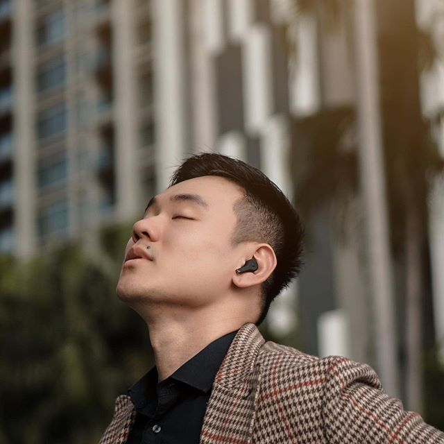 We want to get to know you and see what you're doing with your Sudio headphones! Share your adventures with #sudiomoments for a chance to get featured, and visit www.sudio.com to find your favorites and local stores #sudio #shapingsound @alvinseeck