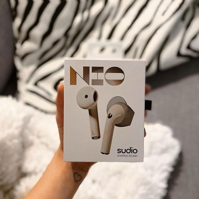 We want to get to know you and see what you're doing with your Sudio products! Show us how you shape your sound with Sudio products using #sudio and #shapingsound for a chance to get featured. Visit our website to find your favorites and local stores. @anniinahelenius #nio-sand